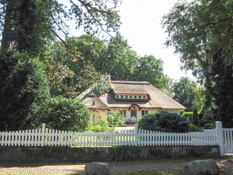 wellingsbüttel-reetdachhaus